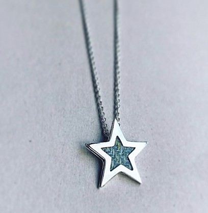 Sterling silver -  22mm Star with an 18inch chain